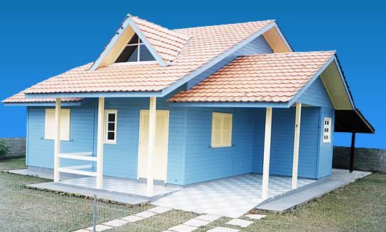 Fotos de fachadas de casas pequenas com varanda for Fachadas de viviendas pequenas