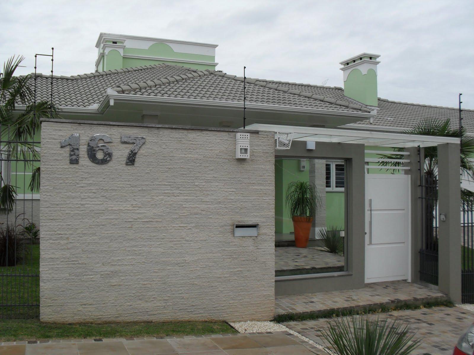 Fachadas de casas modernas com muros fotos decorando casas for Casas bonitas modernas