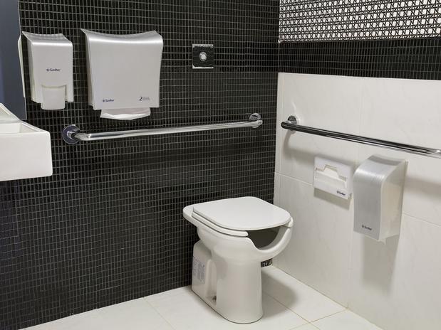 Revestimento para banheiros modernos e pequenos fotos  Decorando Casas -> Decoracao De Ceramica Para Banheiro Pequeno