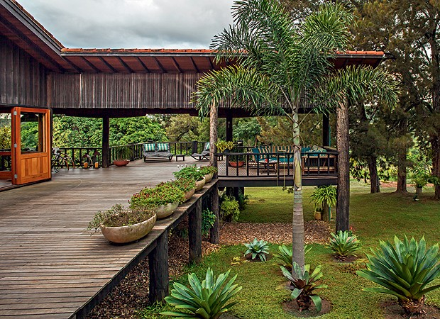 festa jardim rustica:Casa De Madeira