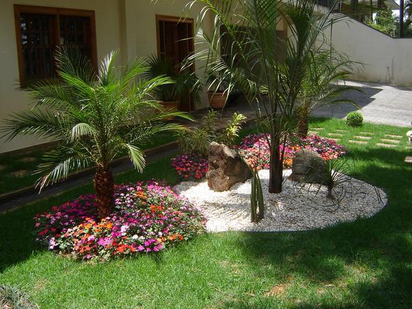 fotos jardim paisagismo:Dicas e fotos de paisagismo e jardinagem para sua casa