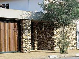 muros-com-pedras-decorativas