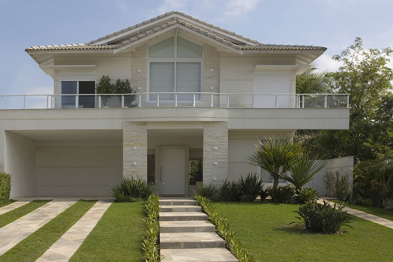 Revestimento para fachadas de casas decorando casas for Fachadas de casas con azulejo