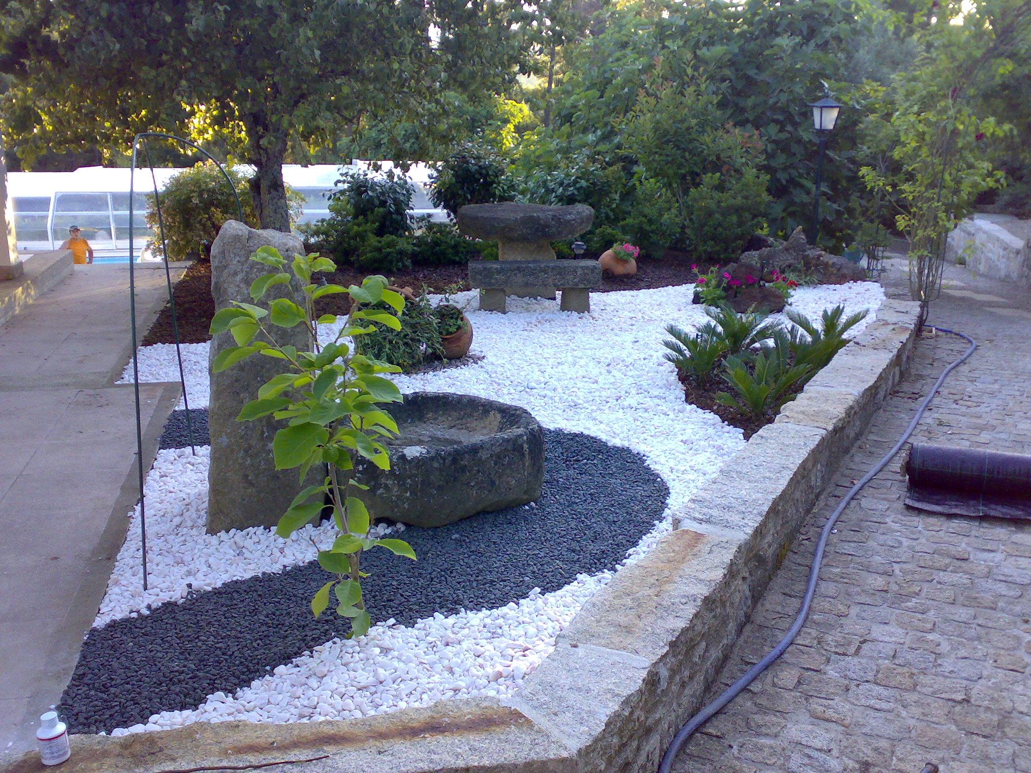 jardins pedras fotos:Fotos de pedras decorativas para jardim