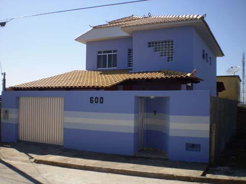 Fotos de pinturas de casas simples decorando casas for Modelos de fachadas para frentes de casas