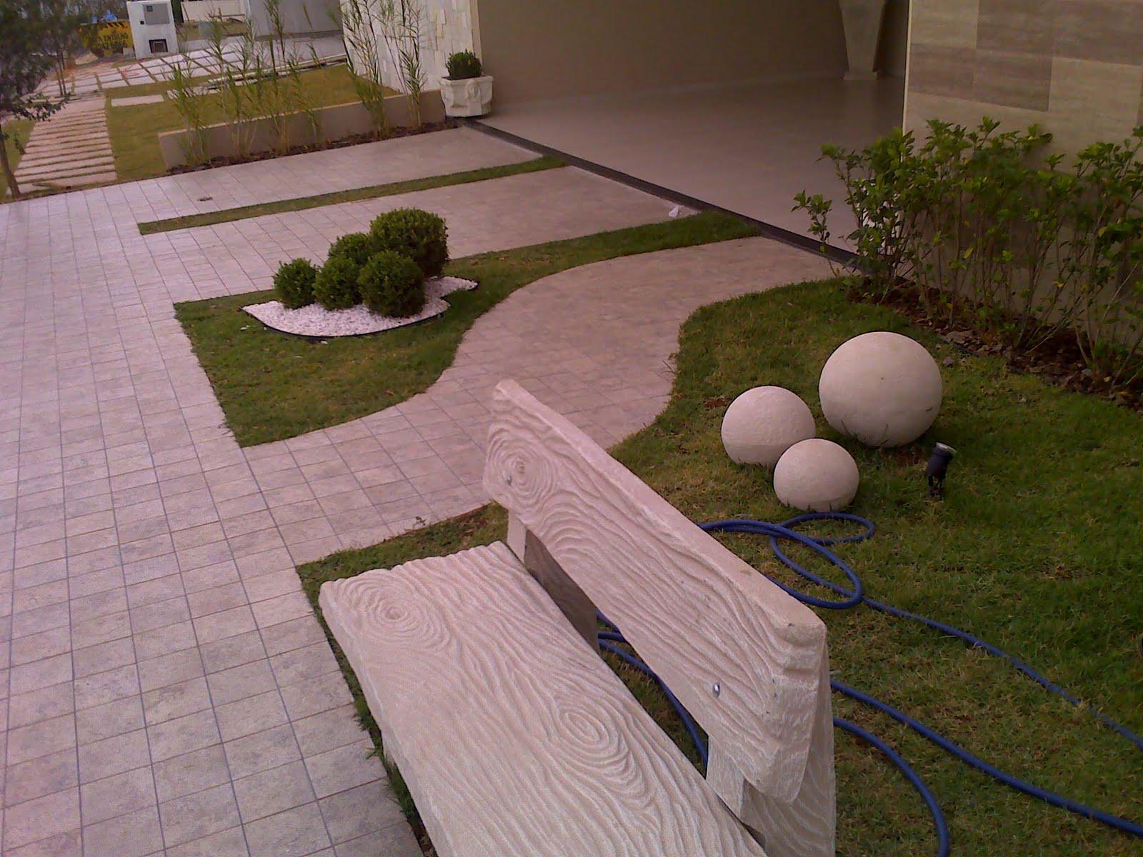 Modelos de pisos para cal adas externas decorando casas for Modelos de jardineras para patios