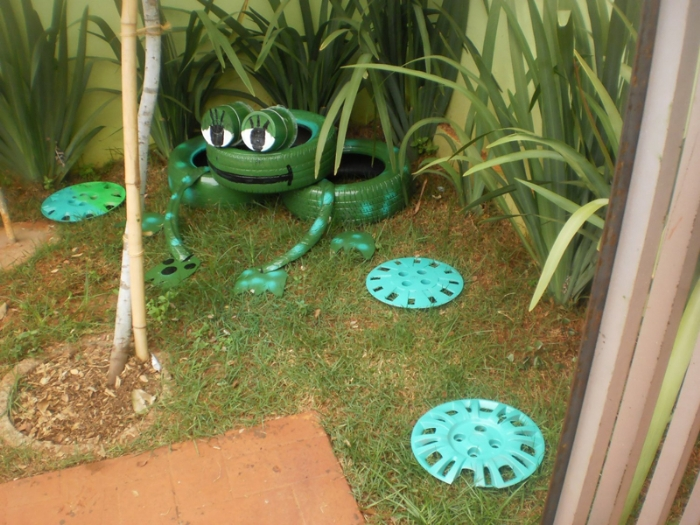 Decoraç u00e3o de jardim com material reciclado Decorando Casas -> Decoração De Jardim Com Material Reciclavel