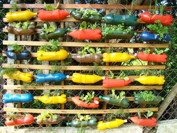 Decoração de jardim com material reciclado  Decorando Casas