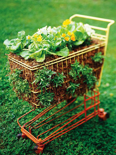 ideias jardim recicladoDecoração de jardim com material reciclado