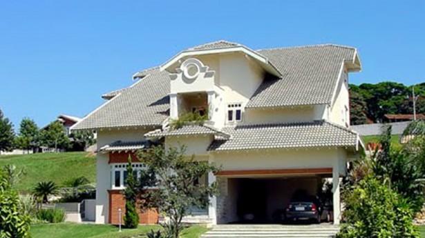 Fachadas-de-casas-modernas-com-telhado-aparente