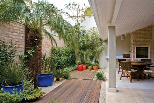 Como fazer um jardim simples e barato no quintal  Decorando Casas