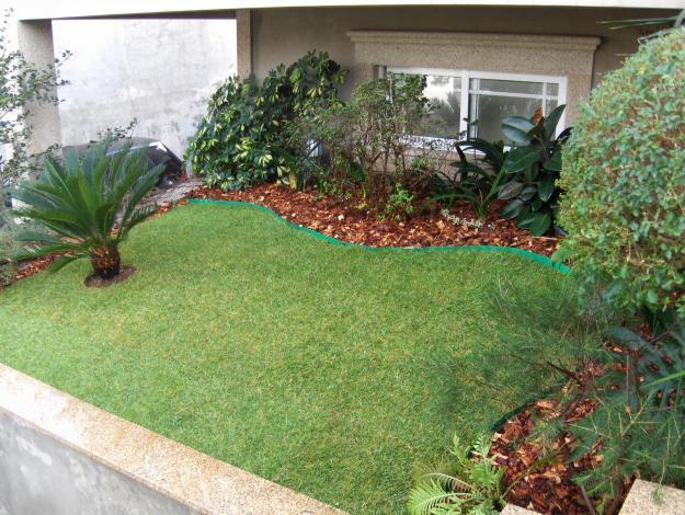 fotos jardins pequenos residenciais:jardins-residenciais-para-frente-de-casa
