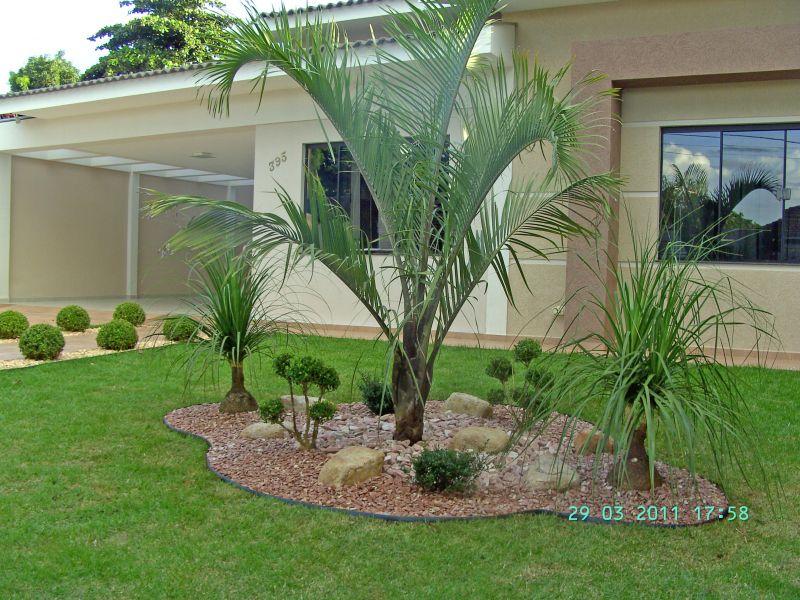 Modelos de jardins residenciais para frente de casa for Jardines pequenos para casas modernas