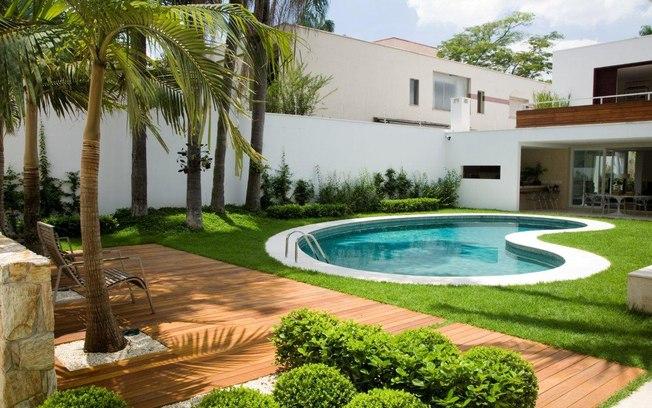 Dicas de paisagismo e jardinagem com piscina decorando casas for Modelos de piscina familiar