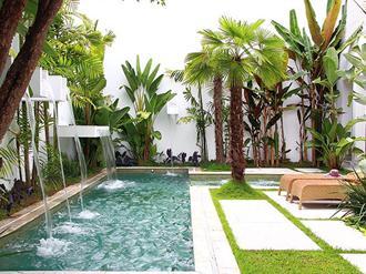 paisagismo-e-jardinagem-com-piscina