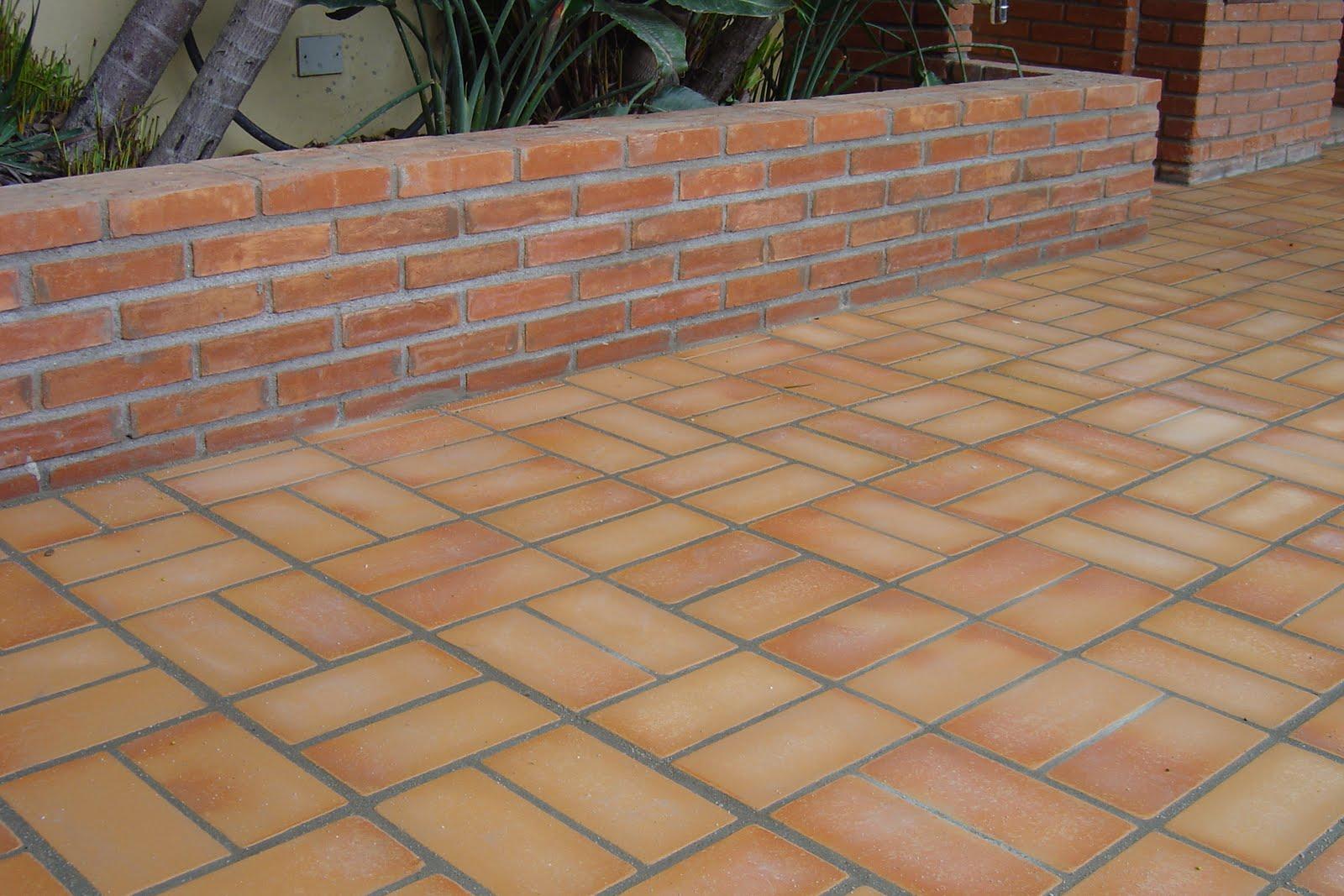 Fotos de pisos para rea externa e garagem decorando casas for Modelos de ceramicas para terrazas