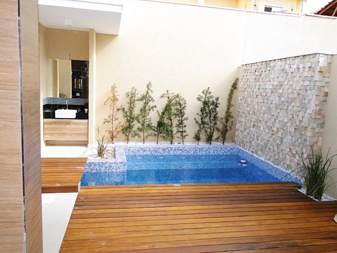 decoracao simples para ambientes pequenos : decoracao simples para ambientes pequenos:Decoração para quintal pequeno com piscina