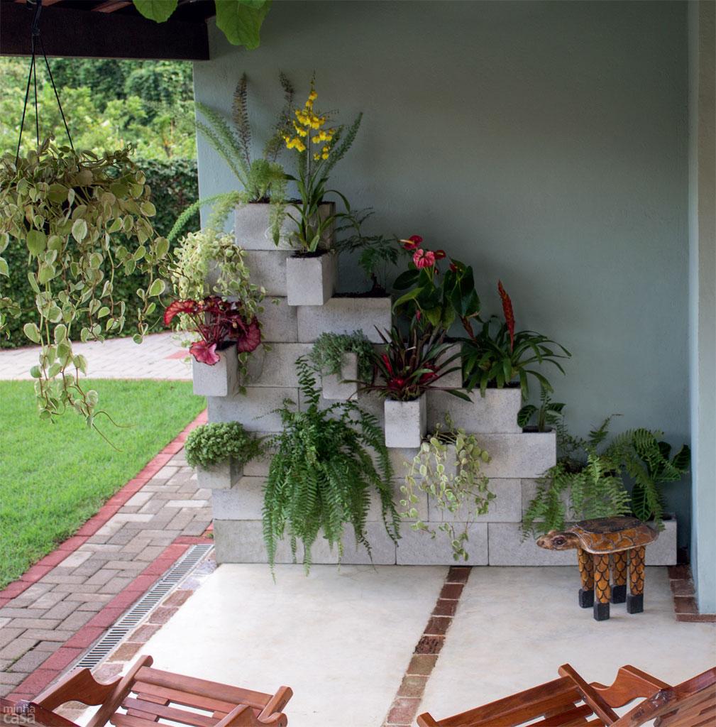 como fazer um jardim simples e barato no quintal 3