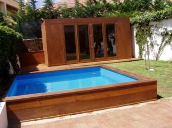 Projetos de piscinas em espa os pequenos decorando casas for Piscina pequena desmontable con depuradora