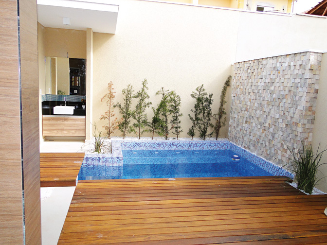 Projetos de piscinas em espa os pequenos decorando casas for Piscina 3x3