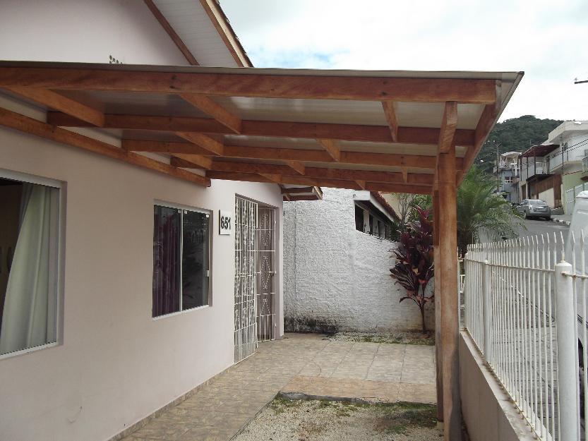 Coberturas para garagens residenciais baratas decorando for Casa barata