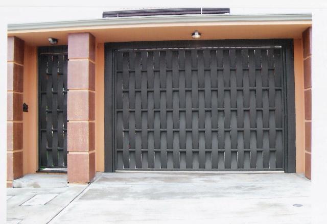Muito Modelos de portões para garagens residenciais | Decorando Casas OS77
