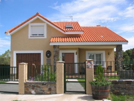 Pinturas externas de casas simples e pequenas decorando for Casa de dos plantas en honduras