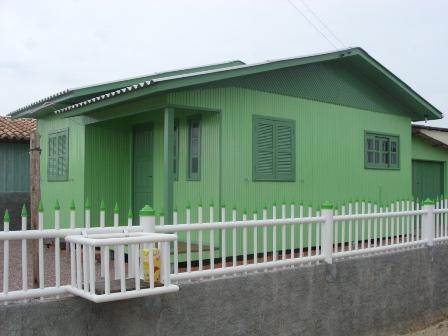Pinturas de casas madeira for Pinturas bonitas para casas
