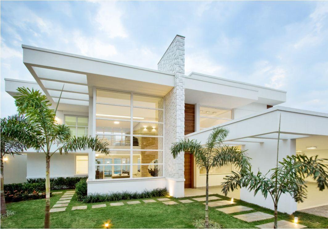 Fachadas de casas modernas sem telhado aparente for Casas modernas 120m2