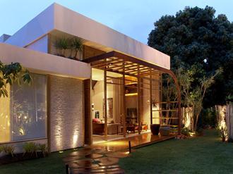 Fachadas de casas modernas sem telhado aparente for Decorando casa