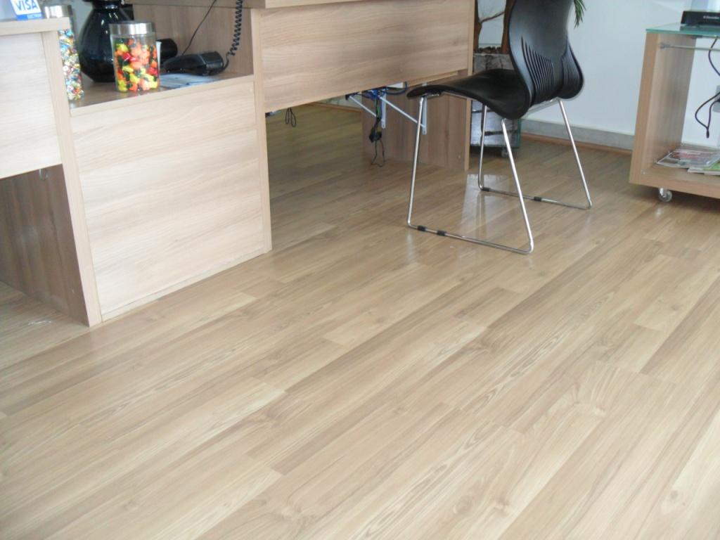 fotos de pisos laminados de madeira #4A6A81 1024x768