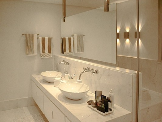 Revestimentos bege para banheiro  Decorando Casas # Decoracao De Banheiro Pequeno Bege