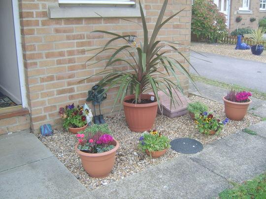 Decoração de jardins com vasos de flores  Decorando Casas
