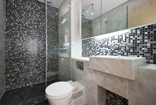 Banheiros com pastilhas pretas e brancas  Decorando Casas # Decoracao De Banheiro Preto E Branco Com Pastilhas