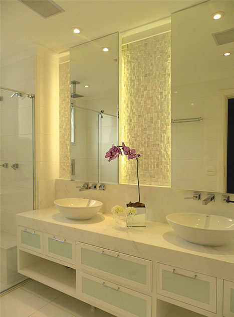 Espelhos para banheiros com luz  Decorando Casas -> Decoracao Banheiro Clean