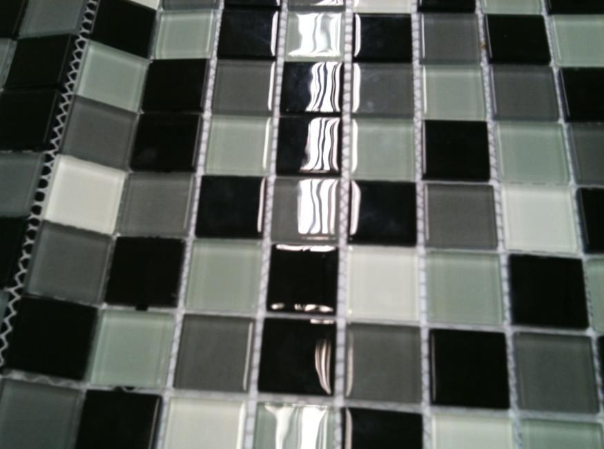 Banheiros com pastilhas pretas e brancas  Decorando Casas -> Decoracao De Banheiro Com Pastilhas Preto E Branco