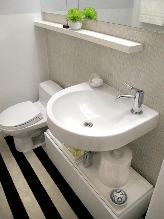 #474631 Decoração de banheiros simples e pequenosDecorando Casas 550x733 px banheiros bem pequenos e simples