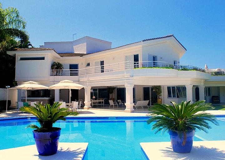 Fotos de fachadas de casas de luxo decorando casas for Modelos de casas fachadas fotos