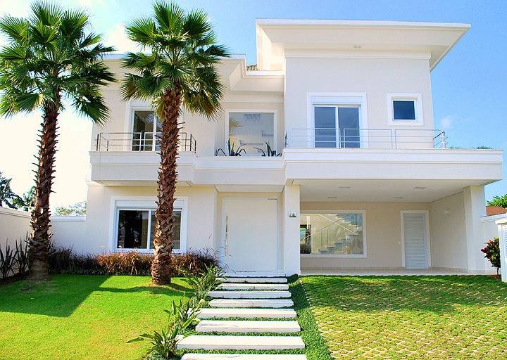 Fotos de fachadas de casas de luxo decorando casas for Entradas para casas