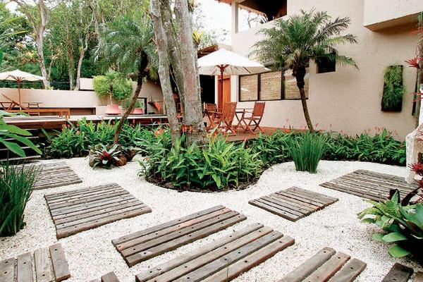 de paisagismo e jardinagem residencial com pedras  Decorando Casas