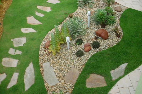 decoracao jardim residencial : decoracao jardim residencial: de paisagismo e jardinagem residencial com pedras