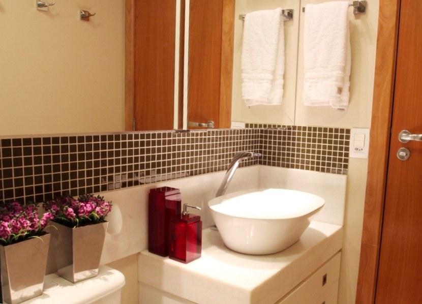 Revestimentos para banheiros pequenos  Decorando Casas -> Fotos De Decoracao De Banheiro Pequeno Com Pastilhas