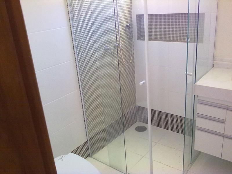 Revestimentos para banheiro 2015  Decorando Casas -> Banheiros Modernos Com Pastilhas De Vidro