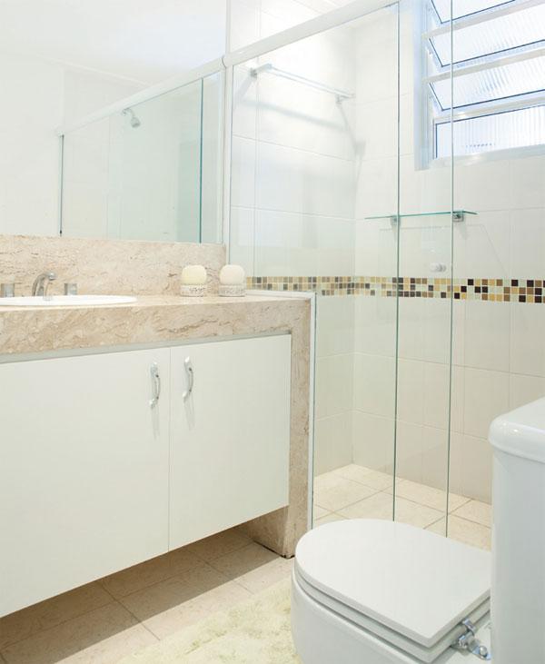 Banheiros decorados com pastilhas bege  Decorando Casas -> Decoracao De Banheiro Pequeno Bege