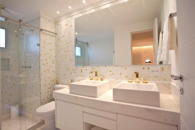 Banheiros decorados com pastilhas bege  Decorando Casas -> Banheiros Decorados Com Pastilhas Adesivas