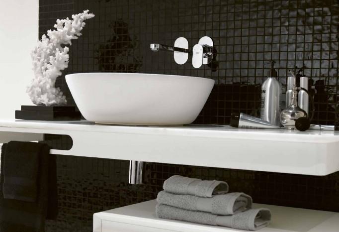 Banheiros modernos preto e branco  Decorando Casas -> Decoracao De Banheiro Branco E Preto