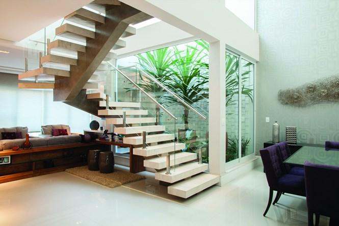 escada jardim madeira : escada jardim madeira:Dicas de jardim de inverno embaixo da escada