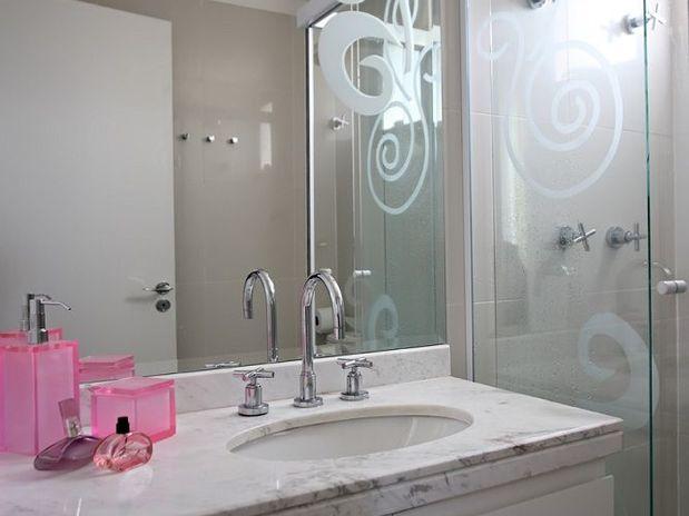Espelhos e o seu banheiro decorado  Decorando Casas -> Banheiro Decorado Com Pastilhas Rosa