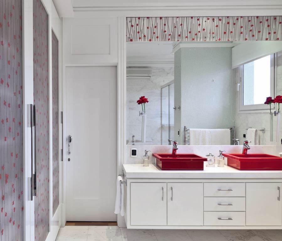 Espelhos e o seu banheiro decorado  Decorando Casas -> Banheiro Pequeno Decorado De Vermelho