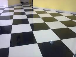 Pisos-quarto-preto-branco